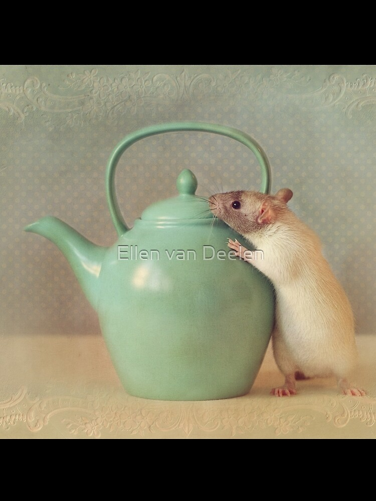 Snoozy with teapot by Ellen