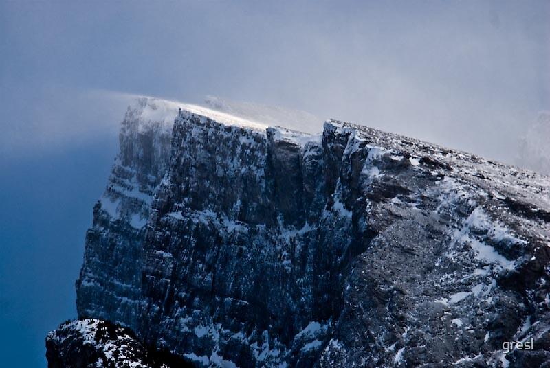 Snowpeak by gresl