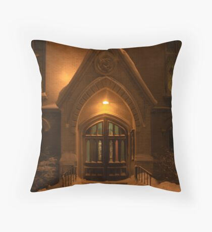 Welcoming on a Snowy Night Throw Pillow