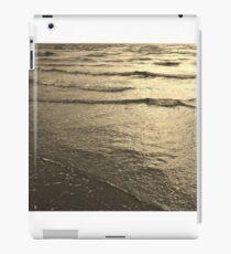 Wave after wave... iPad Case/Skin