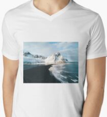 Iceland beach at sunset - Landscape Photography T-Shirt