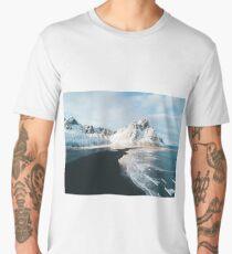 Iceland beach at sunset - Landscape Photography Men's Premium T-Shirt