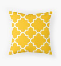 Quatrefoil pattern, white on yellow Throw Pillow