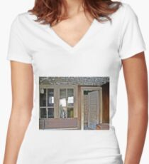 A Nice Recliner Women's Fitted V-Neck T-Shirt