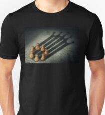the pawns crown T-Shirt