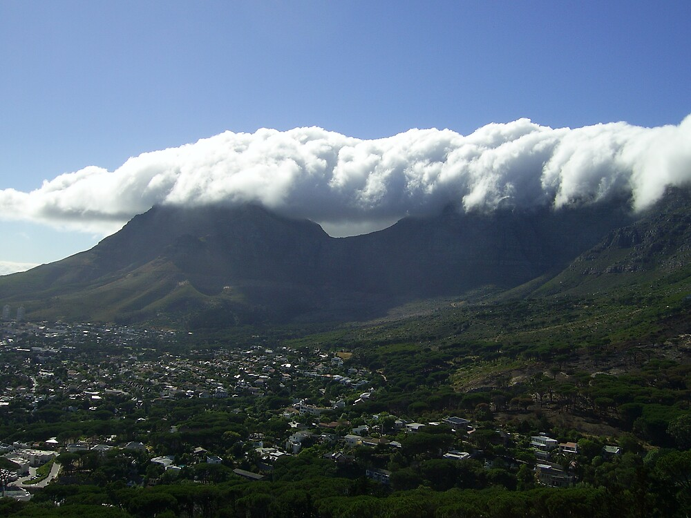 Table Mountain with table cloth by skaranec1981