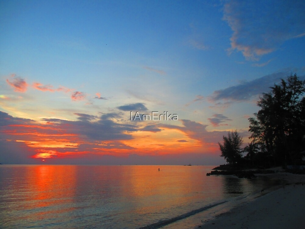 A Thailand sunset by IAmErika