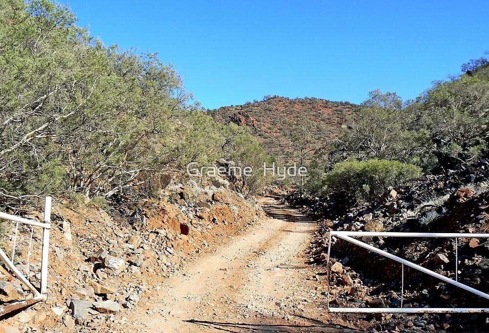The Ridgetop Trail by Graeme  Hyde