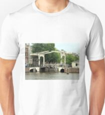 Canal bridge, Amsterdam, Holland Unisex T-Shirt