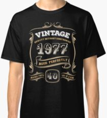 40th Birthday Gift Vintage 1977 Aged Perfectly Classic T-Shirt