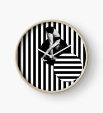 Wheel of manipulation Clock