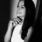 Always smiling by Ana Belaj