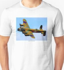 AVRO LANCASTER BOMBER: Vintage World War II Airplane Print T-Shirt