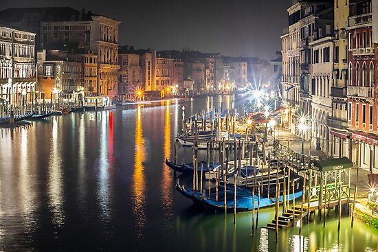 Rialto Night View by Gary Chadond