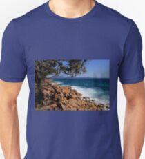 Rocky coast near South West Rocks, Australia Unisex T-Shirt