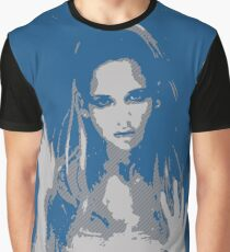 Sarah Michelle Gellar - Rain Graphic T-Shirt