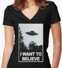 I want to believe // x files Women's Fitted V-Neck T-Shirt