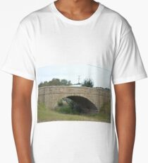 Stone bridge - Beechworth Victoria Long T-Shirt