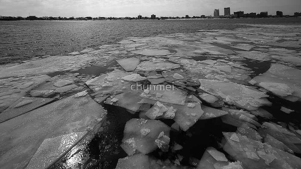 Ice on Detroit River  by chunmei