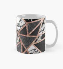 Modernes Rosen-Goldfunkeln-Marmor-geometrisches Dreieck Tasse