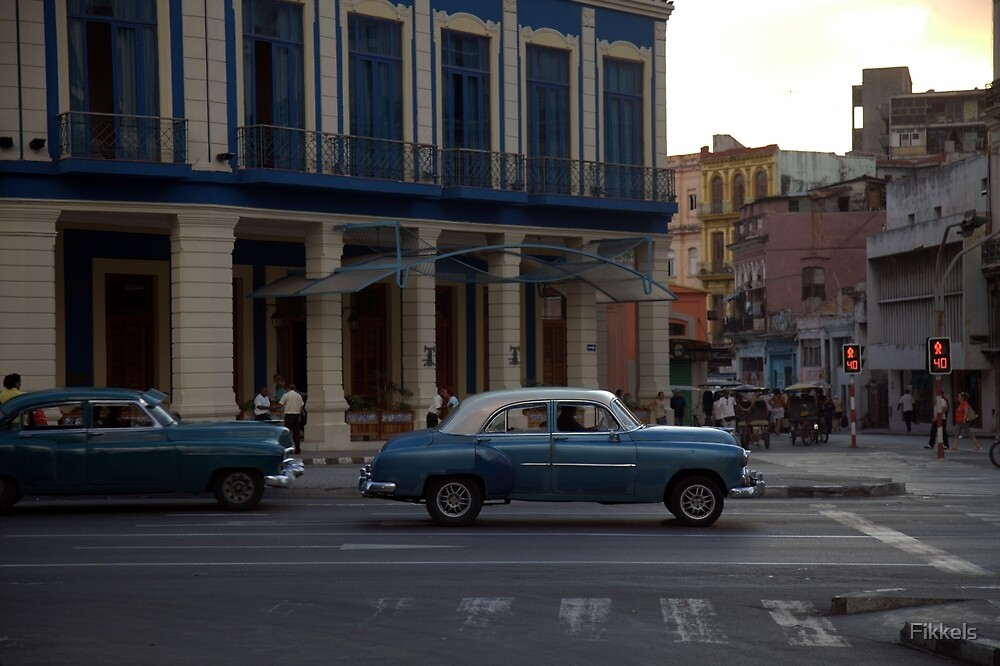 Blue and white classic car, Havana by Fikkels