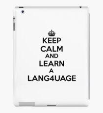 Behalten Sie Ruhe und lernen Sie eine Fremdsprache. iPad-Hülle & Klebefolie