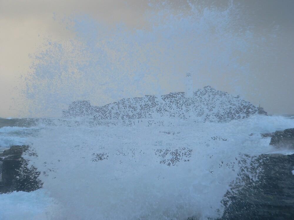 stormy seas by sptanner69