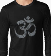 OM Yoga Spiritual Symbol in Distressed Style T-Shirt