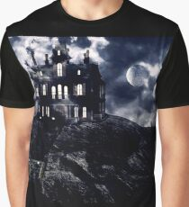 Haunted creepy house in ghastly moonlight Graphic T-Shirt