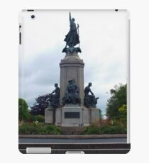 Monument to the fallen soldiers iPad Case/Skin