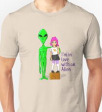Alien love Unisex T-Shirt
