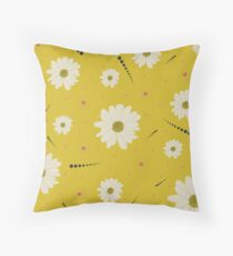 Yellow Daisy Floral Pattern Throw Pillow