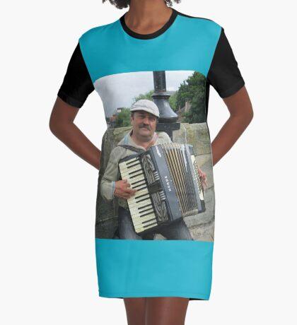Street Musician T-Shirt Kleid