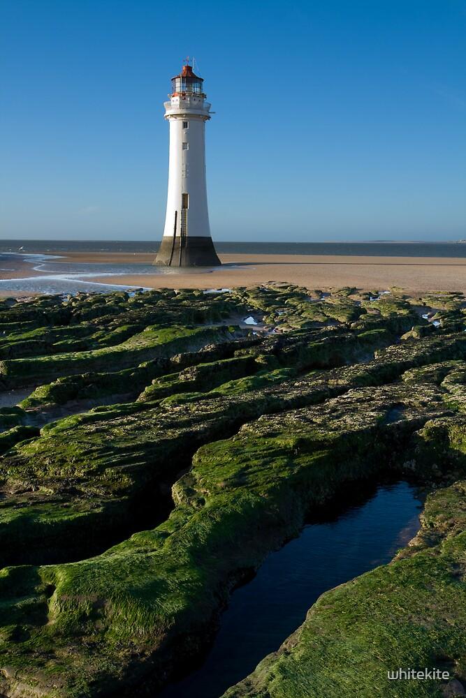 New Brighton Lighthouse by whitekite