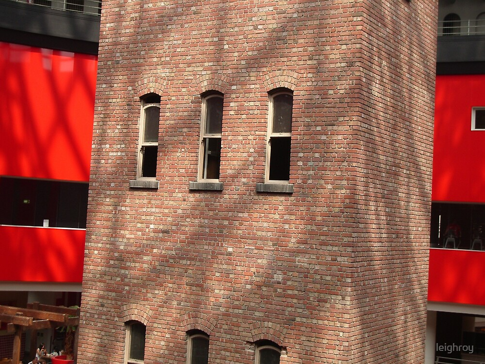 red & brick by leighroy