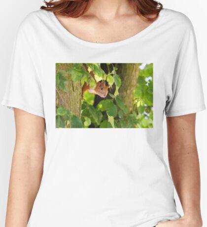 Peeking Women's Relaxed Fit T-Shirt