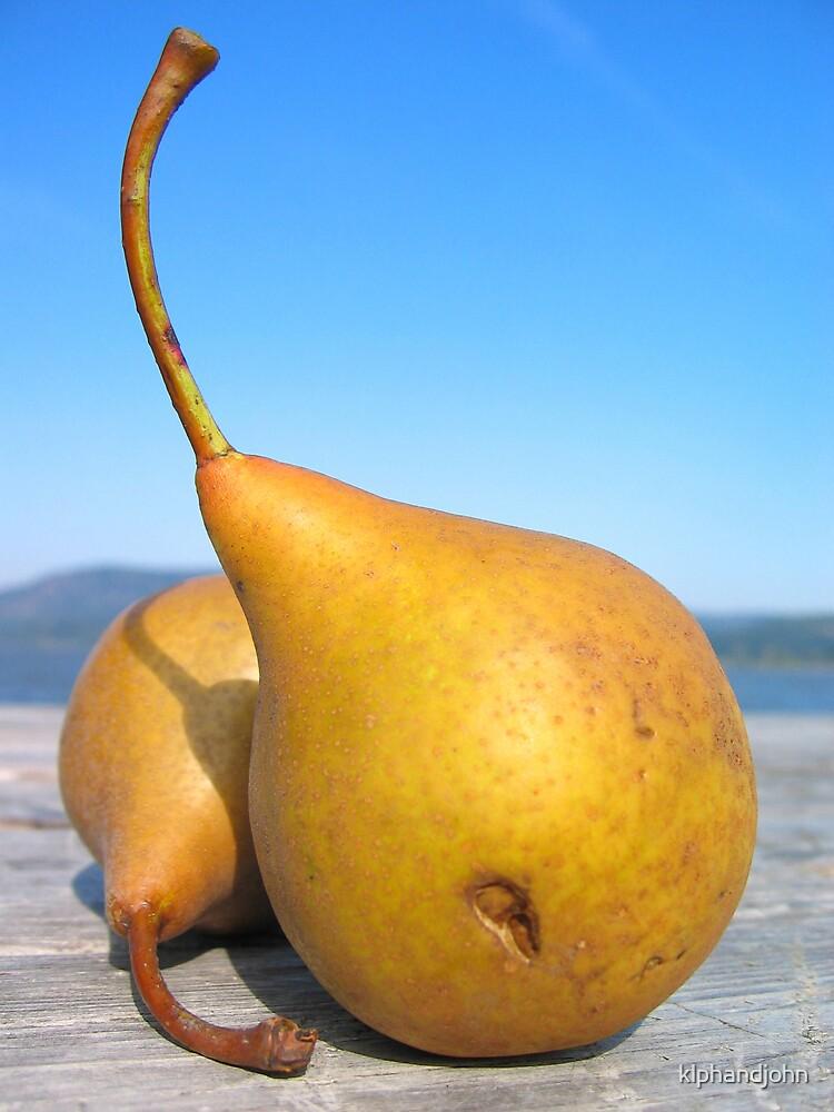 Pears by klphandjohn