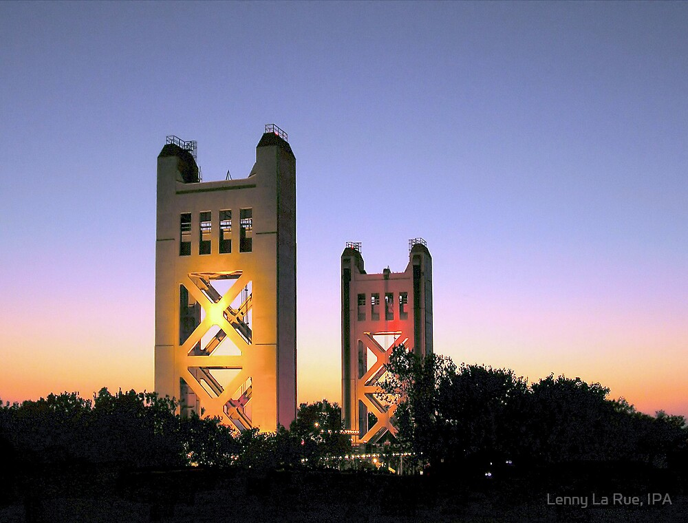 Tower Bridge at Sunset by Lenny La Rue, IPA