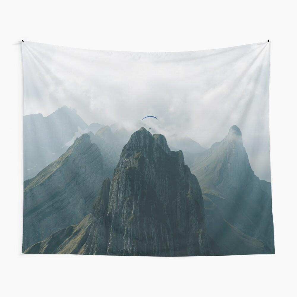 Flying Mountain Explorer - Landschaftsfotografie Wandbehang