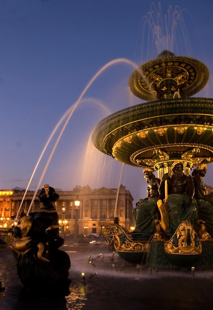 Fountain at Place de La Concorde, Paris by PaulTyrer