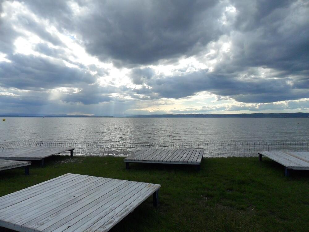 Lake by antonis