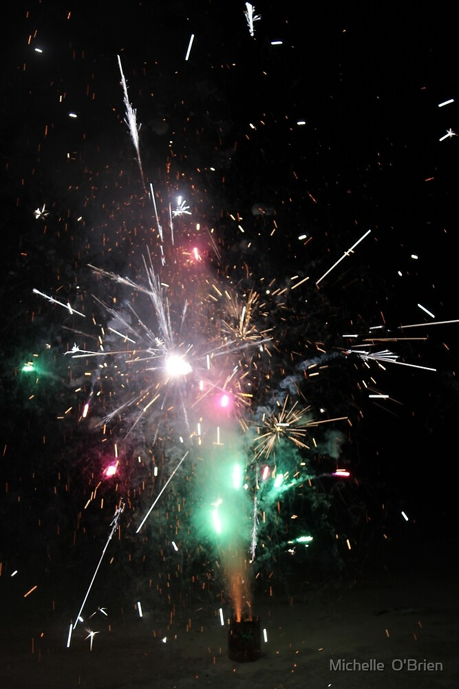 Red and Green Fireworks by Michelle o'brien