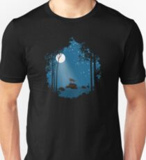 Wolf and the moon T-Shirt