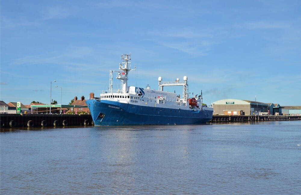 Sea Explorer by Malcolm Snook
