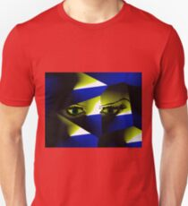 Look into my eyes Unisex T-Shirt