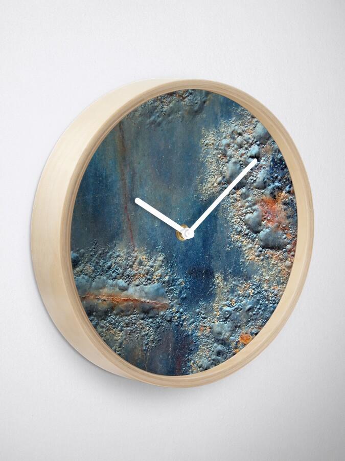 Alternate view of Aquabatix Clock
