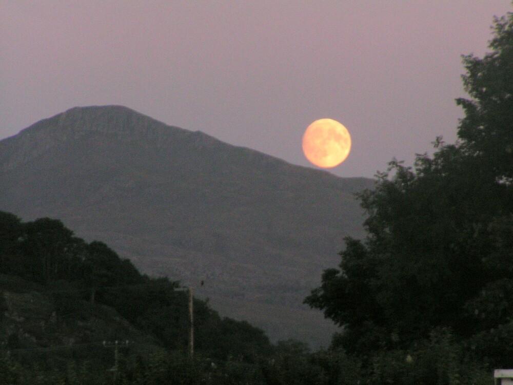 Snowdonia Moon Rise by MursleyMan