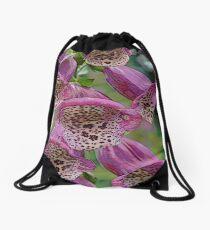 FloralFantasia 25 Drawstring Bag