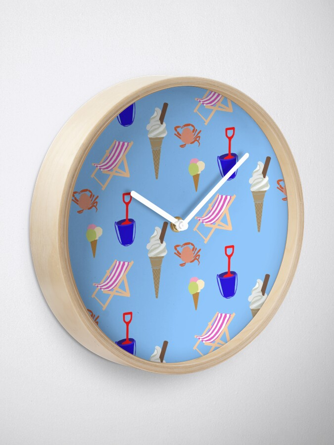 Alternate view of Summer at the coast Clock
