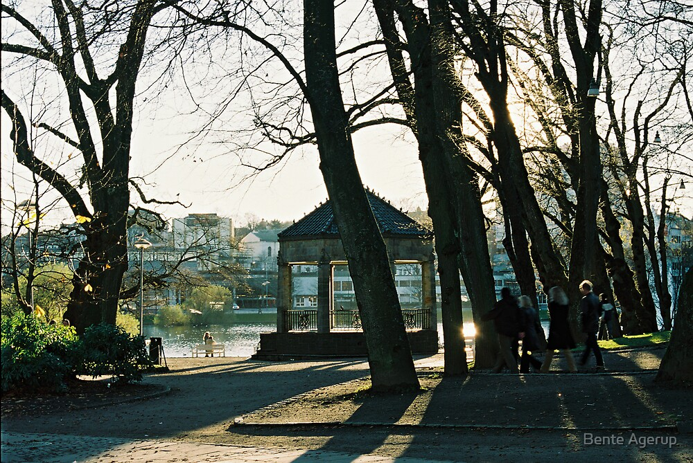 In the middle of Stavanger by julie08